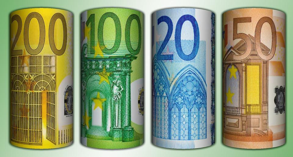srolovaná eura